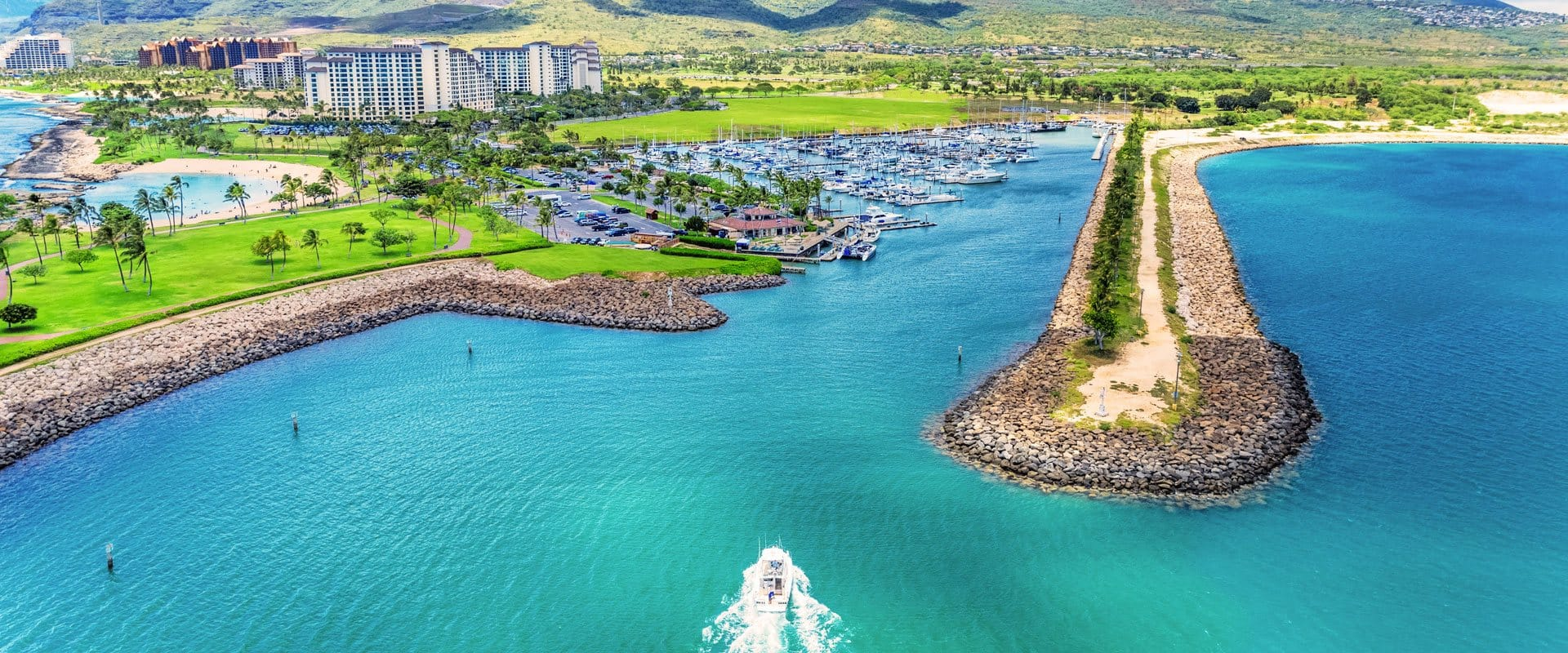 Departs daily from picturesque Ko Olina Marina